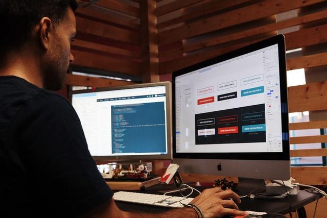 Les logiciels indispensables pour débuter en webdesign